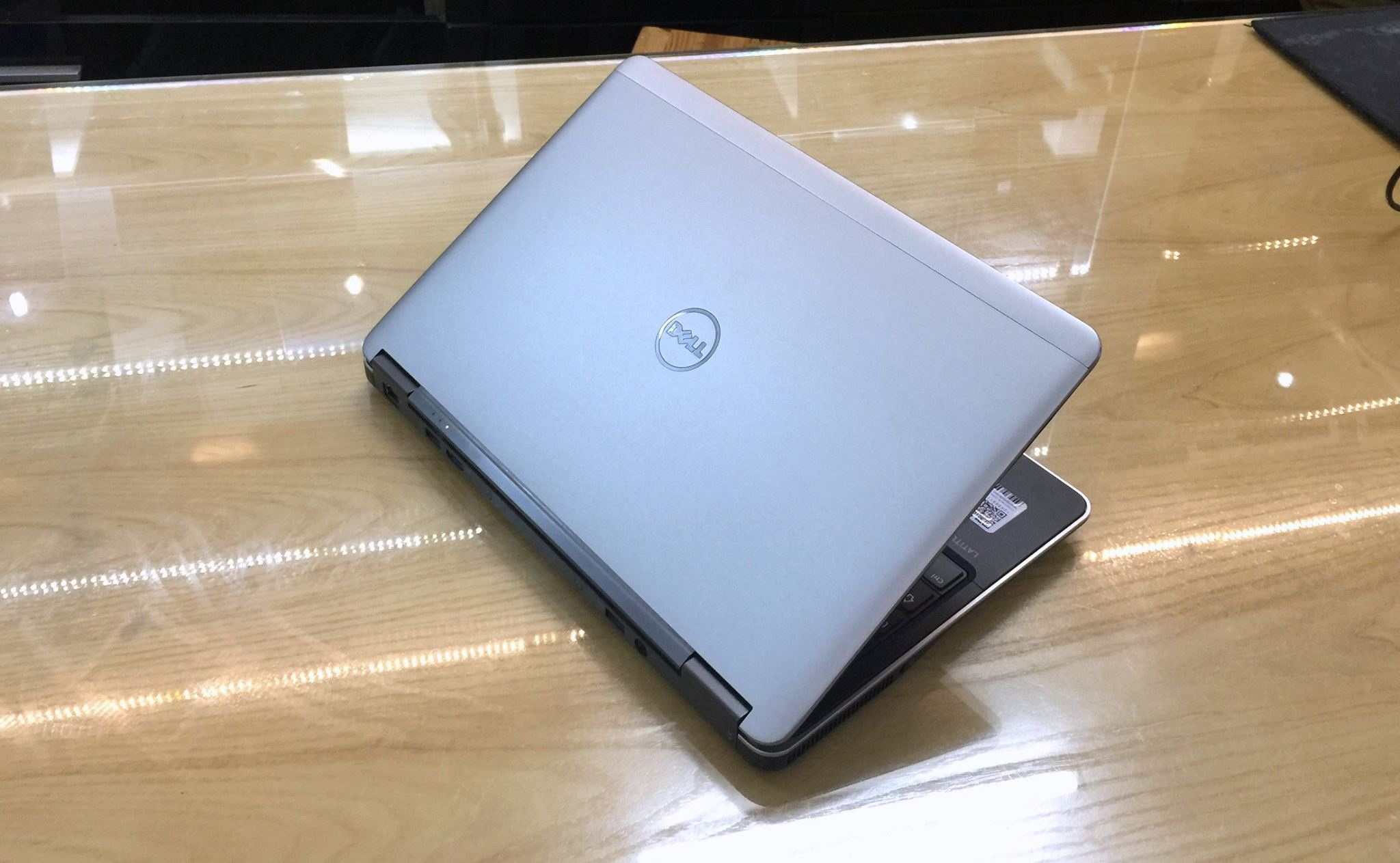 Laptop Dell Latitude E7240 UltraBook core i5 -8.jpg